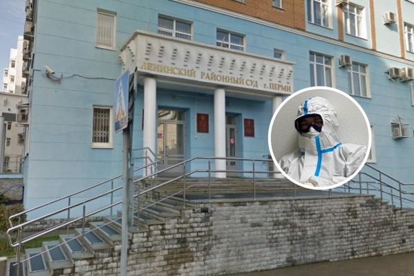 После отказа в зачислении Виктор обратился в Ленинский суд