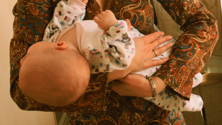 Стыдно сказать: 6 проблем после родов, которые поставят крест на любви и сексе