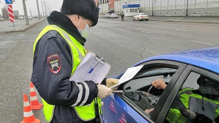 В ГИБДД Самарской области назвали причину остановки всех водителей