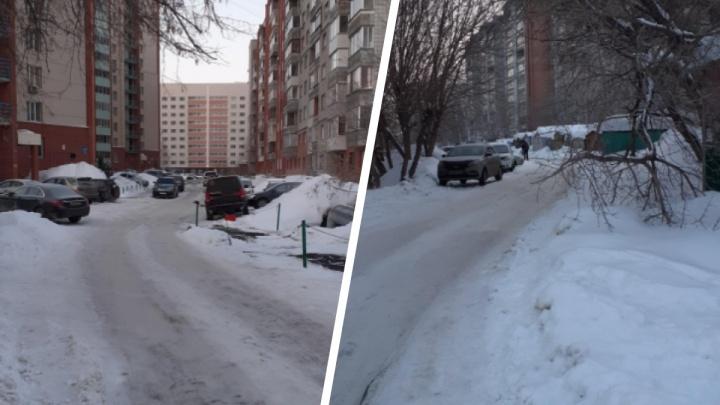 Мать с сыном погибли в пожаре в Дзержинском районе Новосибирска