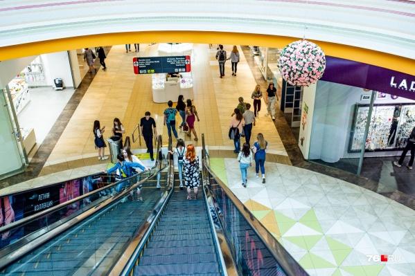 С сегодняшнего дня в Ярославле открываются торговые центры