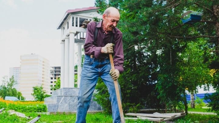 Пермский пенсионер, превративший пустырь в сад, стал номинантом экомарафона журнала National Geographic