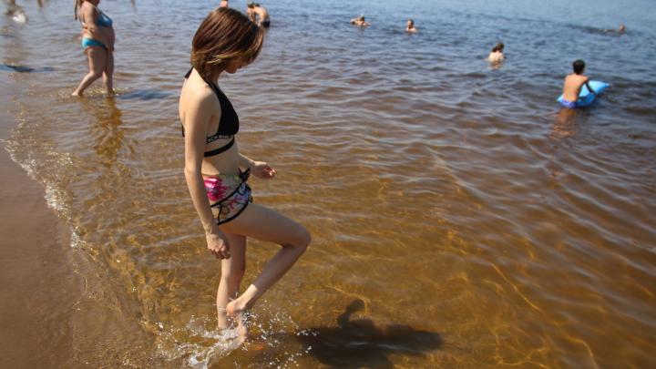 Самарцам посоветовали не купаться на четырех городских пляжах