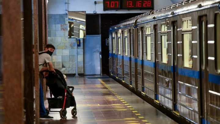 «Один подрядчик пойдет с ВИЗа, другой — с ЖБИ»: мэр рассказал, как будут строить вторую ветку метро
