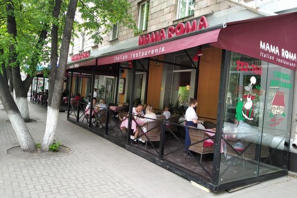 Кафе и рестораны в Кемерово работают уже неделю