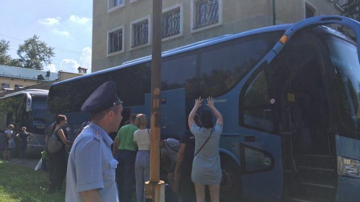 В Екатеринбурге несколько лагерей сдвинули начало смен, чтобы избежать массовых заражений COVID-19