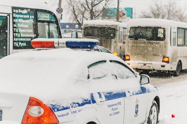 Многие автолюбители поддерживают жесткое повышение штрафов, и больше всего споров вызывает шестикратное увеличение сумм за скорость