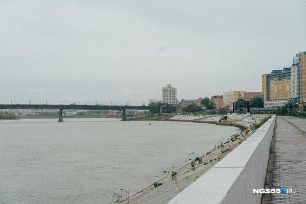 Труп мужчины заметили в реке