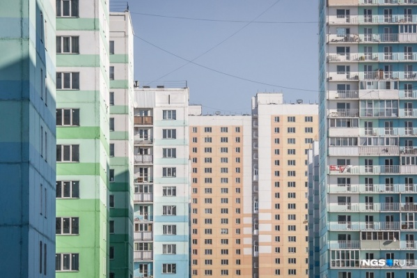 Споры о том, являются ли дешёвые панельные микрорайоны компании «Дискус» гетто, не утихают