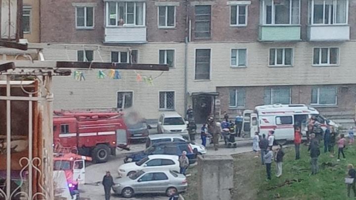 В Дзержинском районе загорелась квартира — пострадал мужчина