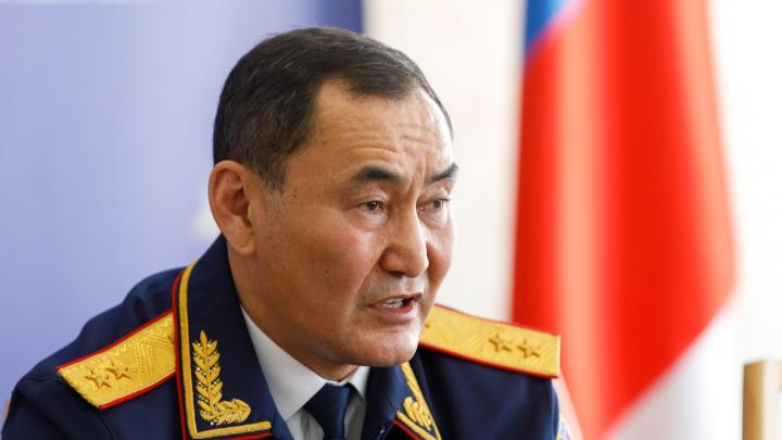 «Коронавирус лишил его права защищаться»: генералу Михаилу Музраеву продлили арест до 10 июня