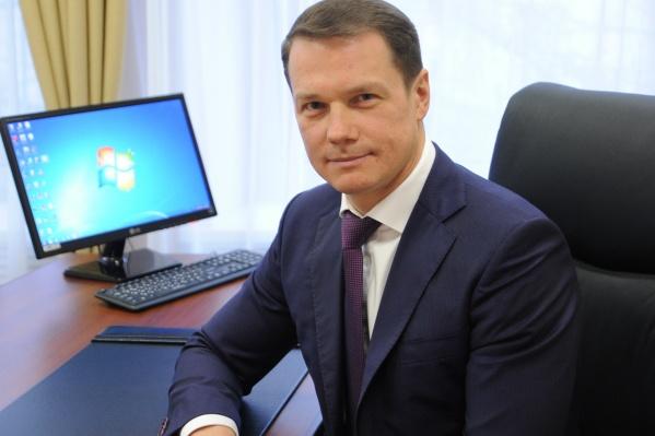 Зампред регионального правительства Максим Авдеев выйдет на связь через интернет в 15 часов