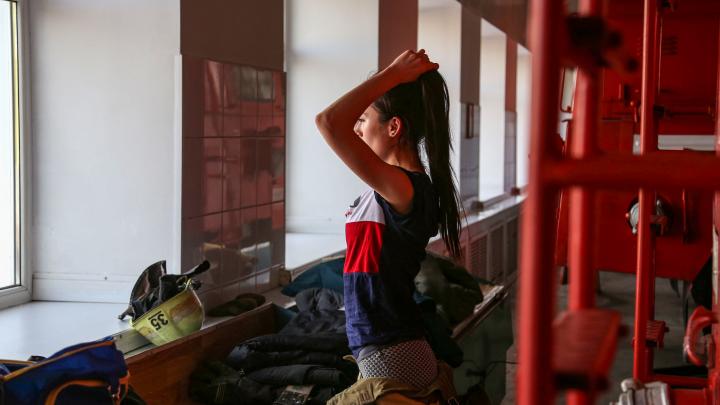 Журналист UFA1.RU, превратившаяся на один день в пожарного: «Экипировка весит почти как я. Хотелось завыть»