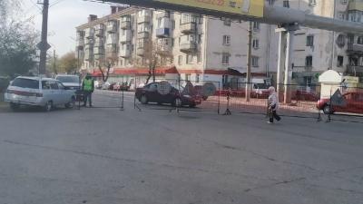 «Коллапс и дикие пробки»: жители Кургана жалуются на закрытие улицы Коли Мяготина
