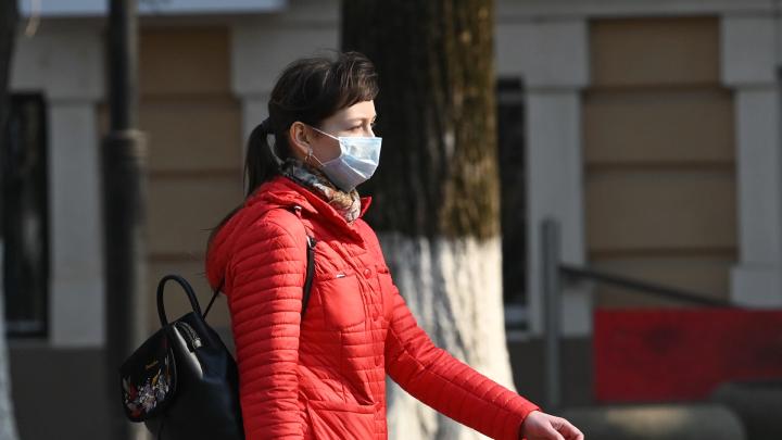 Волонтерам Ростова раздадут две тысячи масок