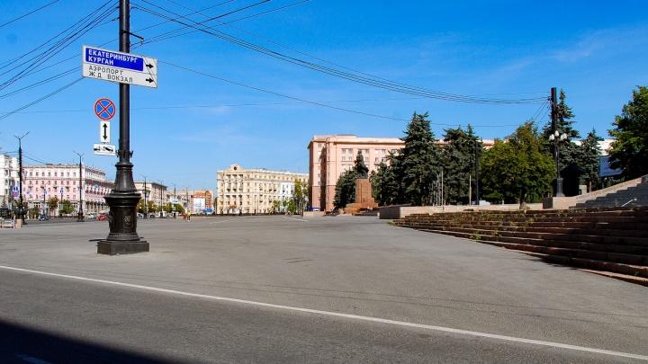 Эвакуатор юного зрителя: суд поставил точку в спорах о парковке на площади Революции