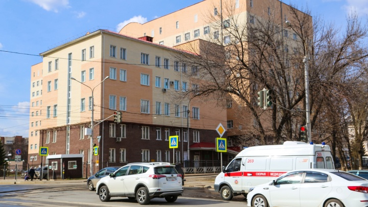 Пациенты РКБ Куватова устроили забастовку: «К нам перевели больных с пневмонией без анализов»