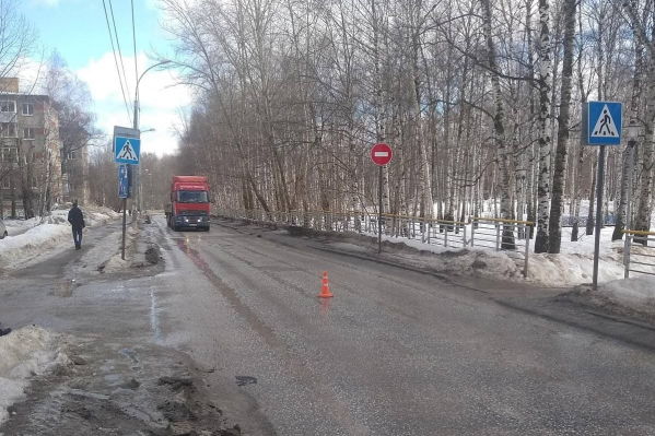 Авария произошла на этом пешеходном переходе