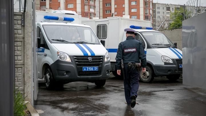 Суд отправил под арест до августа грабителей инкассаторов Сбербанка