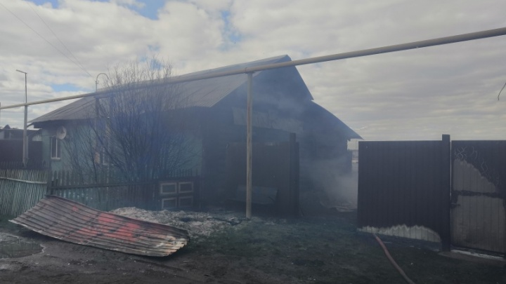 При пожаре в пригороде Челябинска погибли трое
