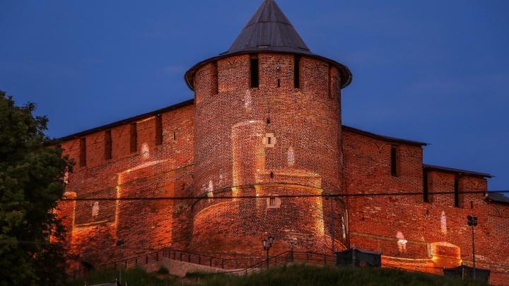 В Нижнем Новгороде зажгли «Свечу памяти» на кремле
