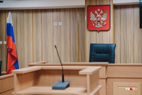 Суд исследовал материалы дела, допросил свидетелей, выслушал все стороны и признал мачеху виновной в доведении ребенка-младшеклассника до суицида