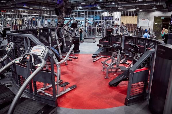 В премиальном фитнес-клубе Extreme Fitness Athletics в ТРЦ «Алатырь» 19 и 20 ноября пройдет своя Black Friday со снижением цен на карты до 20%