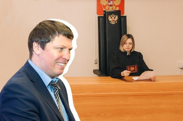 Михаила Матвеева уже второй раз приглашают в суд за фейки
