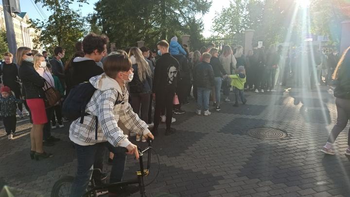 Что интересного было 1 сентября на массовом празднике «Факультатив» в Архангельске: видеообзор