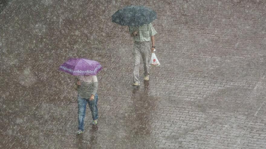 На Новосибирск идут холод, дожди и грозы