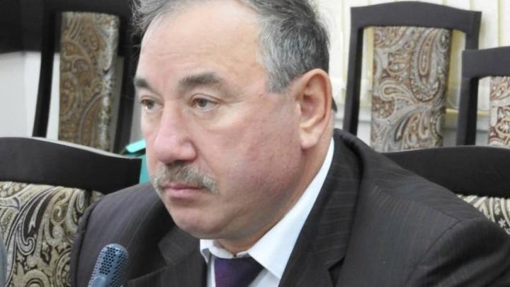 Вице-президента Адвокатской палаты РБ отстранили от должности. Он просит разослать письма в его поддержку