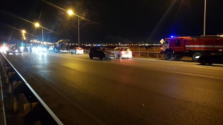 Lifan выбил Opel колесо: на Салаирском тракте авария с тремя иномарками