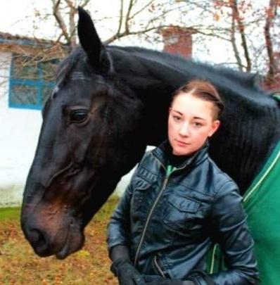 Спортсменка из Тюмени погибла во время тренировки, перевернувшись вместе с лошадью