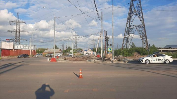 В Новосибирске водитель сбил 40-летнего мужчину и скрылся с места ДТП