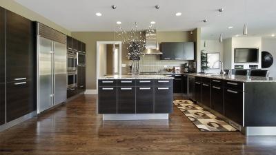 Вдохновиться на ремонт: как не прогадать с мебелью, цветом стен, плитки и дверей
