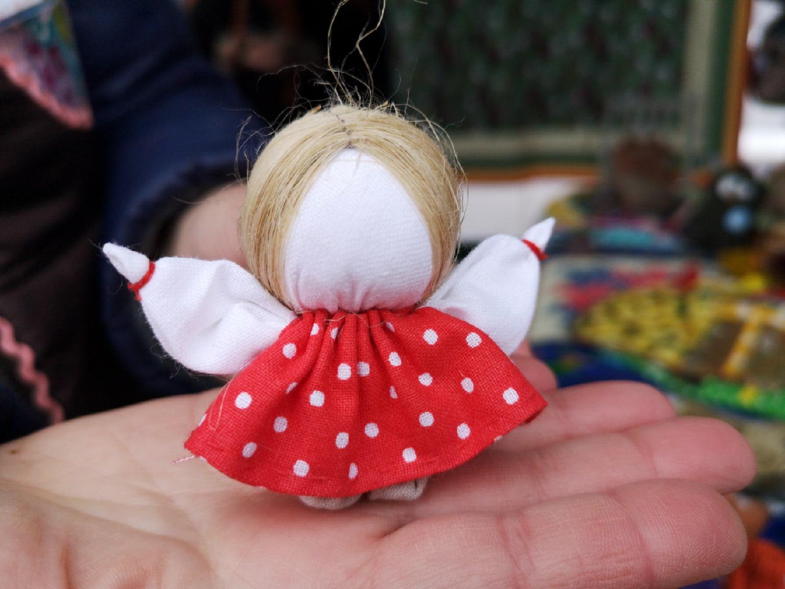 Кукла «Женское счастье» выглядит именно так