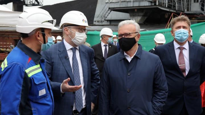 Губернатор Красноярского края высоко оценил перспективы бездымного топлива СУЭК