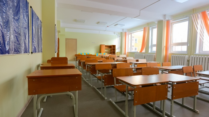 В школе № 150 на Взлетке, где умерла учительница, коронавирусом заразилась треть сотрудников