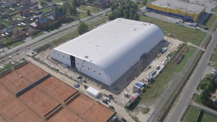 В Тюмени строят крытый теннисный центр. Узнали все подробности