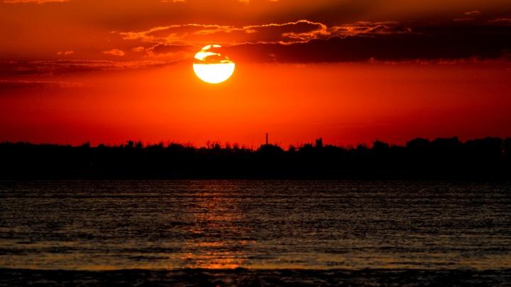 «Легкую прохладу можно застать только утром»: смотрим на «рождение» нового дня в Волгограде