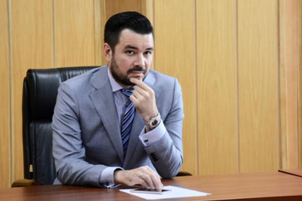 Мурзагулов являетсяпредседателем попечительского совета ФК «Уфа» и близким соратником главы Башкирии