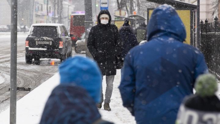 Роковой возраст: кто чаще умирает от коронавируса в Ярославской области