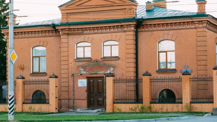 Мозаика, храм и вид на город: митрополит Владимир рассказал, что будет в здании Омской епархии
