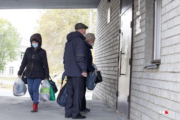 Ожидание скорой, которая должна везти на КТ, увеличилось в Челябинске до 5–6 суток, и многие пациенты ехали на обследование самостоятельно