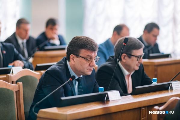 После ухода Мураховского в горсовете останется один врач — Юрий Филатов