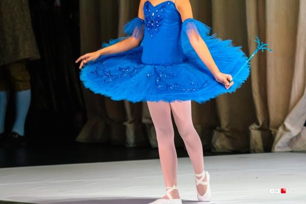 Юные балерины выступали перед гостями «утренника»