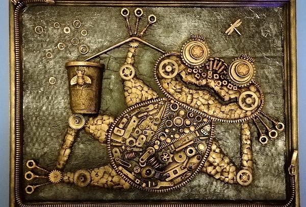 Лягушка из часов, бабочка из ключей: школьники из Прикамья сделали удивительно красивые картины из вторсырья