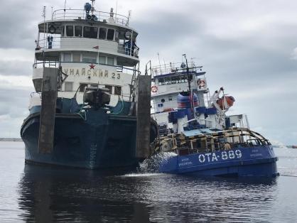 Толкач, который плыл вместе с перевернувшейся в Ярославской области баржей, уже тонул в этом году