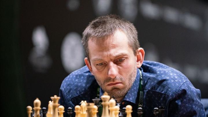 Шахматный турнир претендентов в Екатеринбурге остановили из-за коронавируса