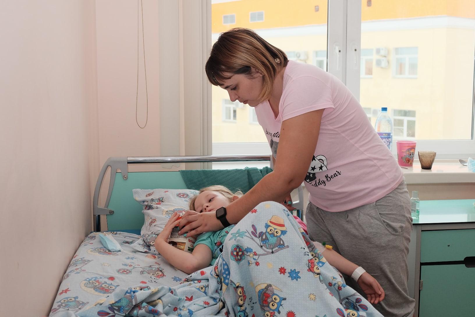 Путь к операции у семьи был долгим — два года. Нужна была подготовка, а затем сроки сдвинула пандемия коронавируса